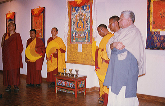 Doboom Rinpoche and Lokesh Chandra open the exhibition in New Delhi.